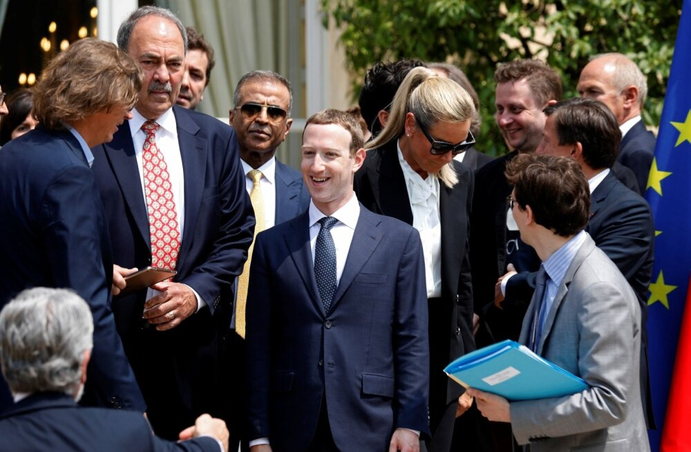 Facebooki juht Mark Zuckerberg säras eile Prantsusmaal presidendilossis teiste tehnoloogiahiidude tähelepanurõngas.