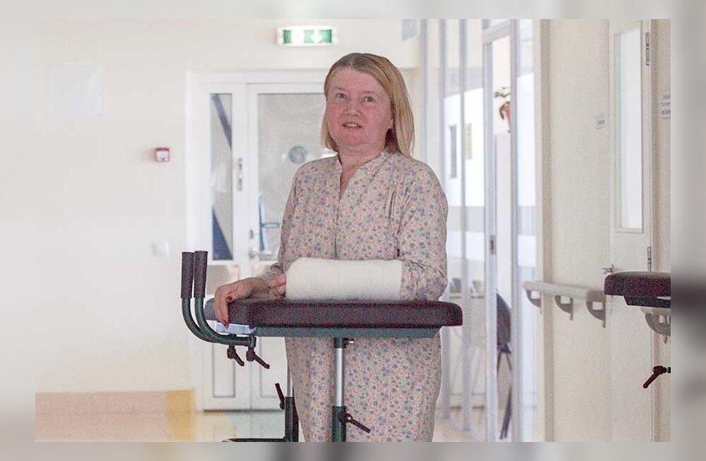ЧП в таллиннском торговом центре Stockmann: сбитая с ног дверьми лифта россиянка оказалась с переломами в больнице