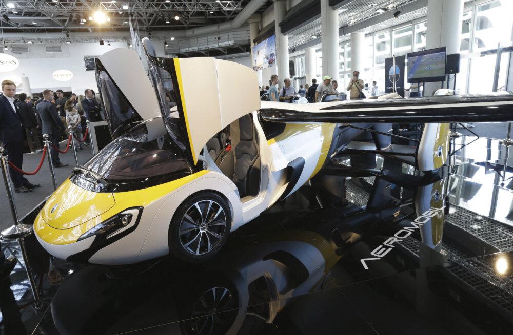 Slovaki ime: lendauto AeroMobili värskeim versioon jõudis Monacos laiade masside ette
