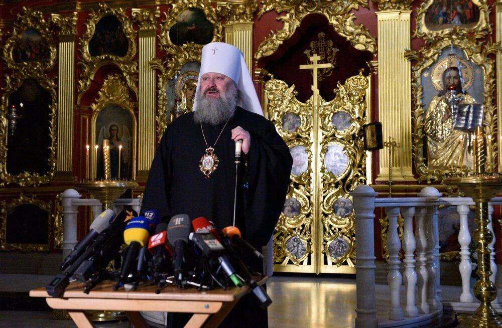 Ukraina politsei korraldas Moskva patriarhaadi kirikutes ja preestrite kodudes läbiotsimisi