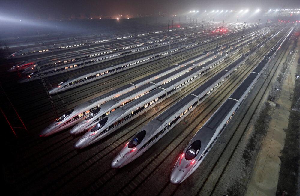 Hiinlased teevad aastavahetuse tähistamiseks 400 miljonit rongisõitu