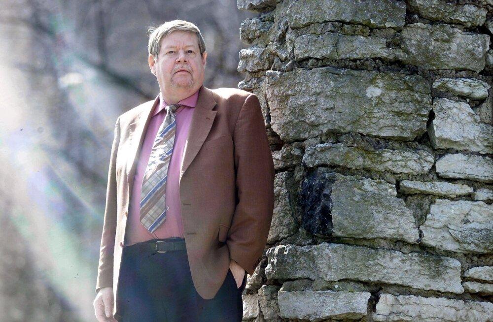 Suri tuntud Soome kirjanik Arto Paasilinna