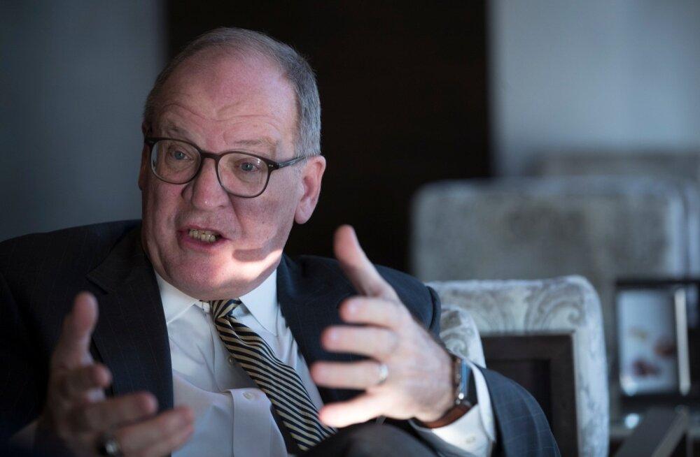 Endine USA suursaadik Eestis Michael C. Polt ütleb, et Trumpi välispoliitikas on eksperimenteerimist liiga palju ja strateegiat vähevõitu.