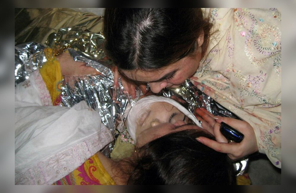 Pakistanis tapeti populaarne lauljatar