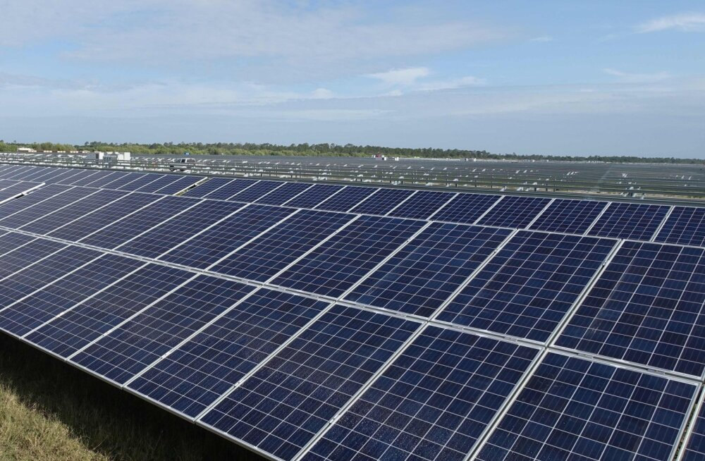 В Эстонии началась продажа черепицы с солнечными панелями