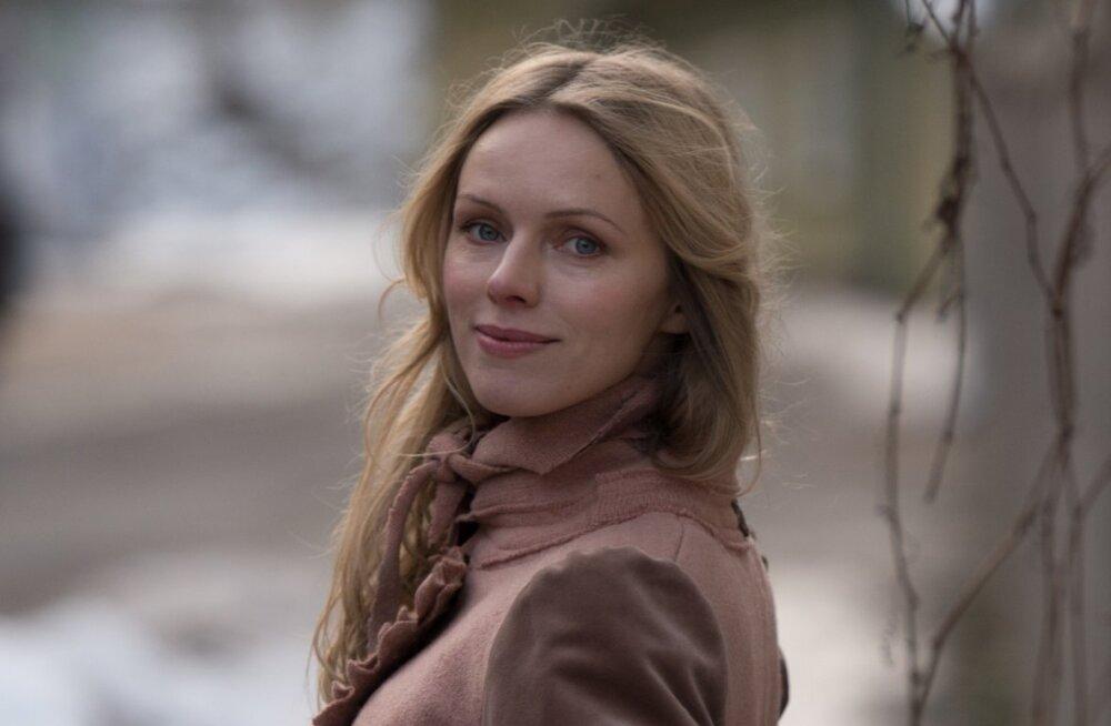 """30. aprillil kell 12.05 on Kaja Kärneri külaline saates """"Kaja lood"""" luuletaja Kristiina Ehin."""