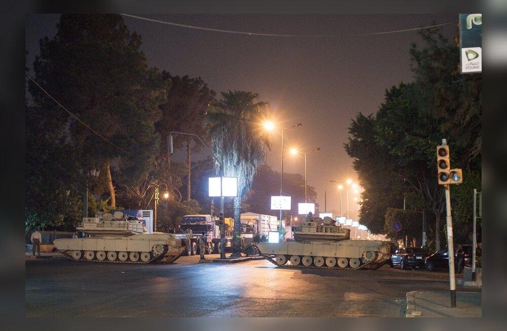 Maailm mõistis Egiptuse protestilaagrite verise laialiajamise hukka