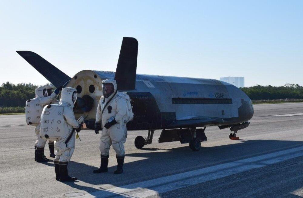 Kosmoselennuk X-37 tuli mai alguses mõneks ajaks Maa peale hooldusse.