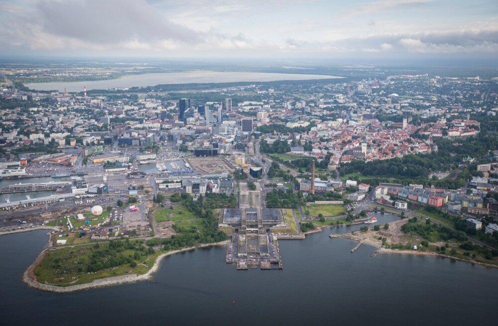 Pealinna rannaäärt hakkavad kujundama neli eraarendajat, ka linn tahab mereääre planeerimisel ja seal toimuva kontrollimisel suuremat rolli mängida.