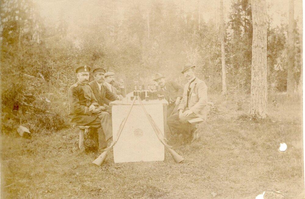Purdi jahimehed võisid 1900. aasta paiku rahulikult õlut juua, sest loomi metsas eriti ei olnud.