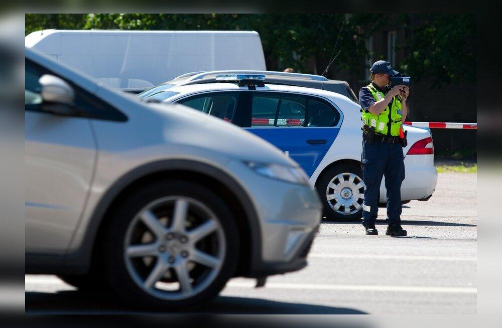 Liiklussurmade vähendamiseks jääb suvine 100 km/h sõitmine ära