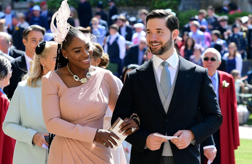 Serena Williams tegi kuninglikus pulmas populaarses joomismängus puhta töö