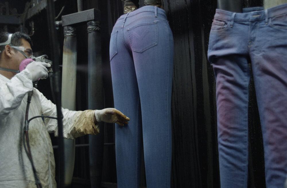 Фильм, обязательный к просмотру: какой ценой изготавливается наша одежда
