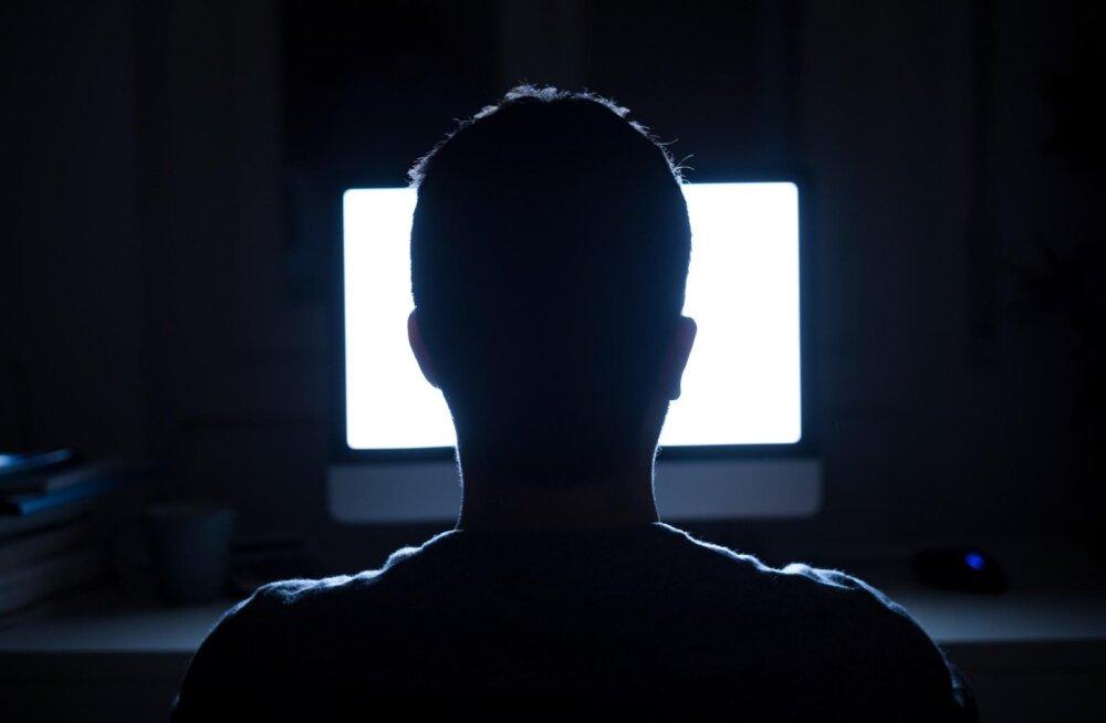 Uus trend televaatamises: telesarjade maraton-vaatamine kogub Eestis populaarsust