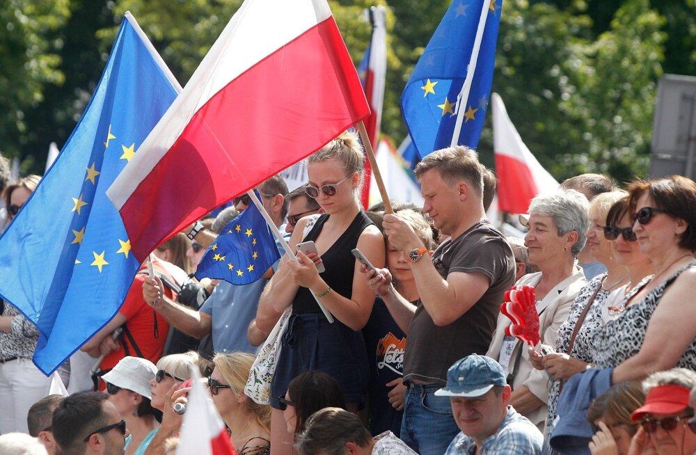 Poola valitsuse hinnangul suurendasid eurorahad aastatel 2004-2016 riigi sisemajanduse kogutoodangut 11%.