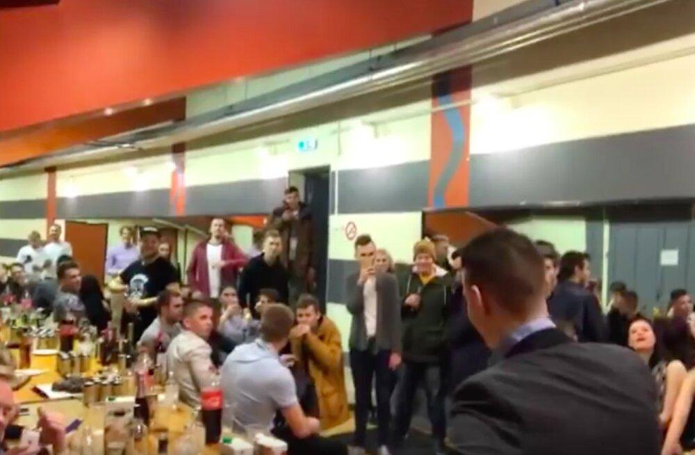 Suur läbu! Eesti populaarseim striimer kandis noortele fännidele üle ropu sünnipäevapeo