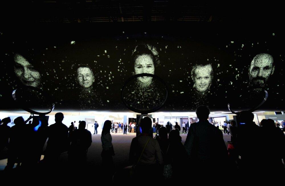 IFA 2017 on alanud. Samsungi tehnoloogia digiteerib külastajate nägusid taevasse ehk suurtele ekraanidele nende kohal.