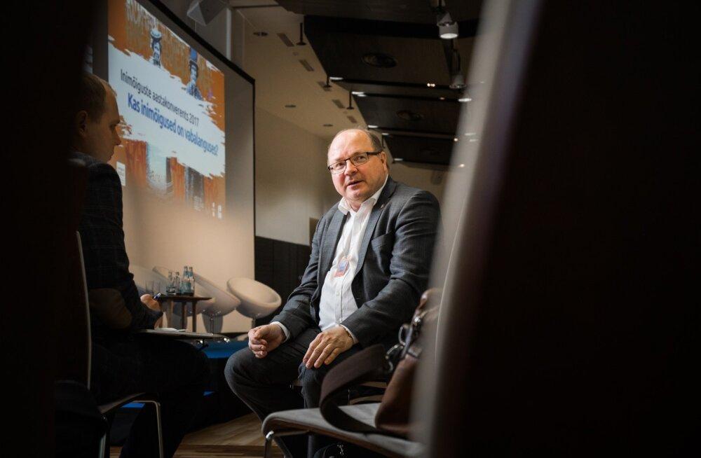 Matti Saarelainen rõhutab, et inimeste vähene usaldus võimude vastu muudab ühiskonna haavatavamaks.