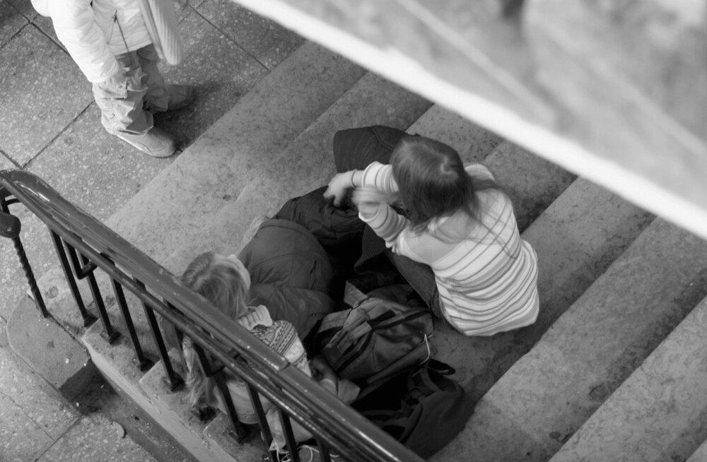 Eksperiment kukkus läbi ja üsna pea taastati seitsmeaastaselt kooli minek. Unustati aga taastada 11aastane koolitee.