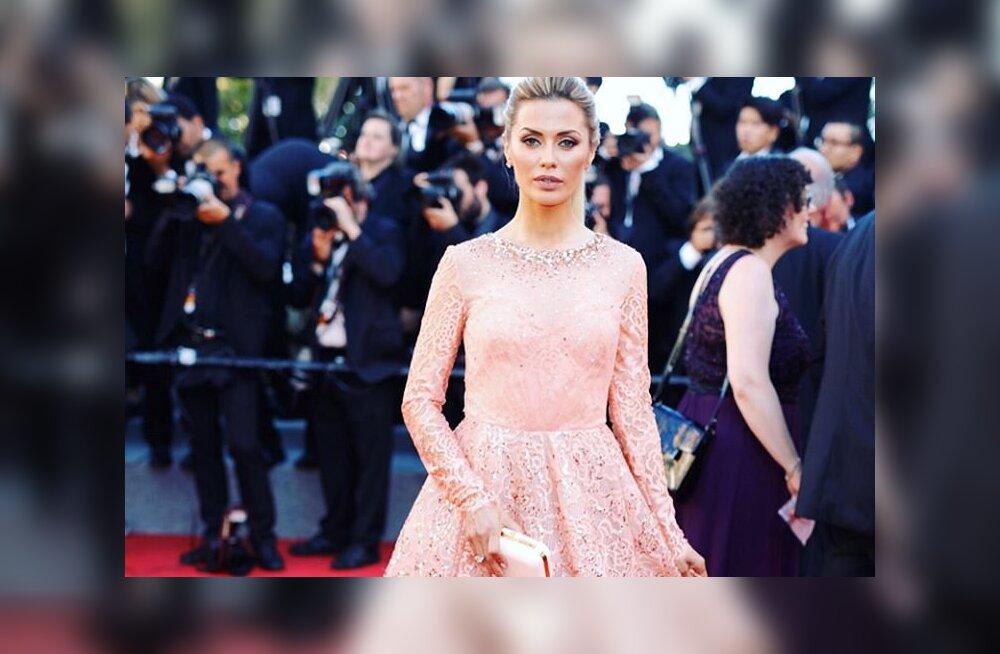 ФОТО: Виктория Боня на церемонии открытия Каннского кинофестиваля