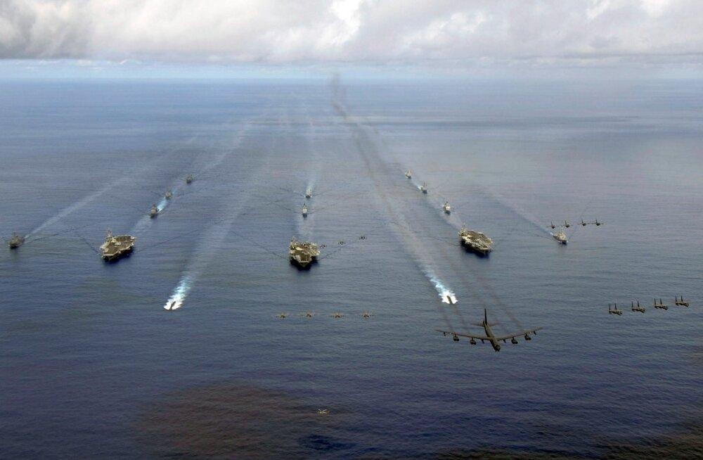 USA viib Jaapani merel läbi haruldase õppuse, millel osaleb kolm lennukikandjat