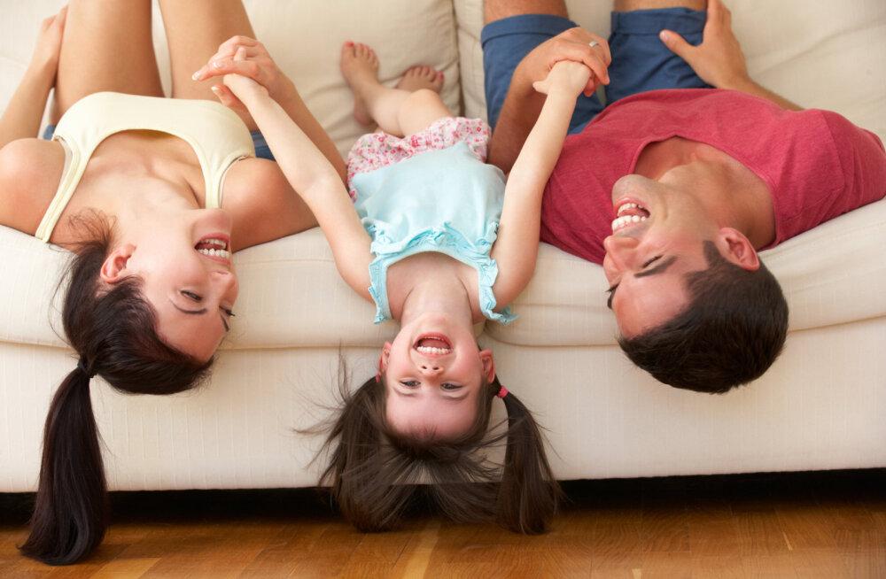 Naermise teadus: millal ja miks me naerame