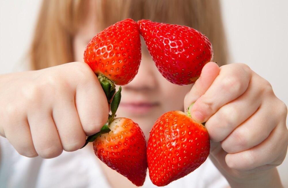 Kuidas välismaised viljad lihtsalt ja tõhusalt keemiast puhtaks saada