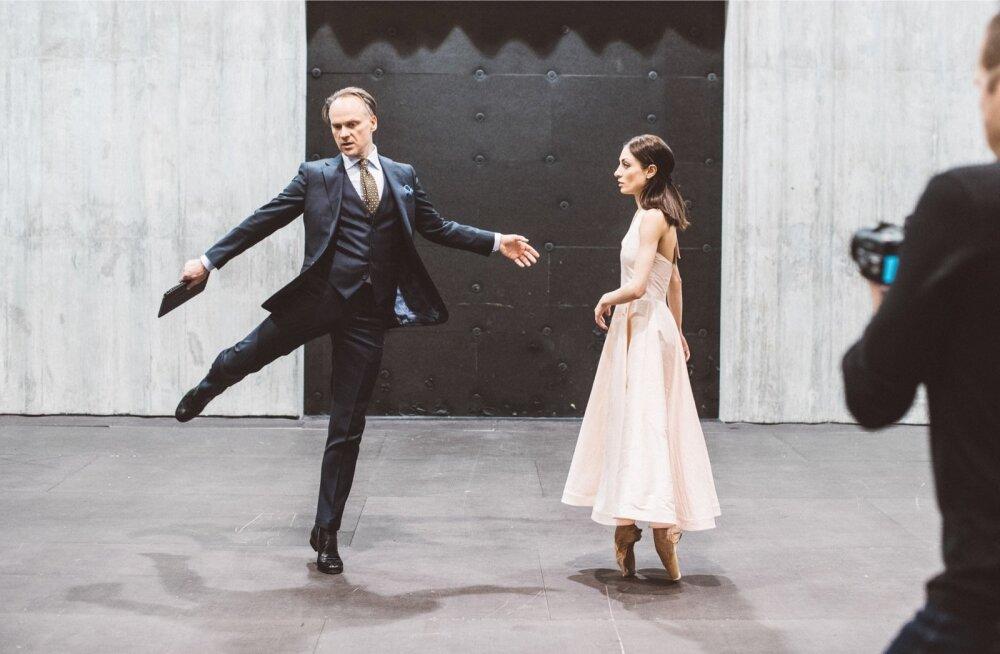 """Balletti """"Keres"""" tuleb vaatama inimesi ka Aasiast: Tokyost, Seoulist, HongKongist, Pekingist. """"See, et nad esietenduseks kohale tulevad, räägib enda eest,"""" ütleb Kask."""