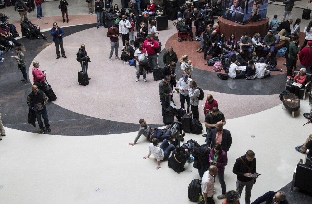 Maailma elavaim lennujaam sattus elektrikatkestuse tõttu parajasse kaosesse