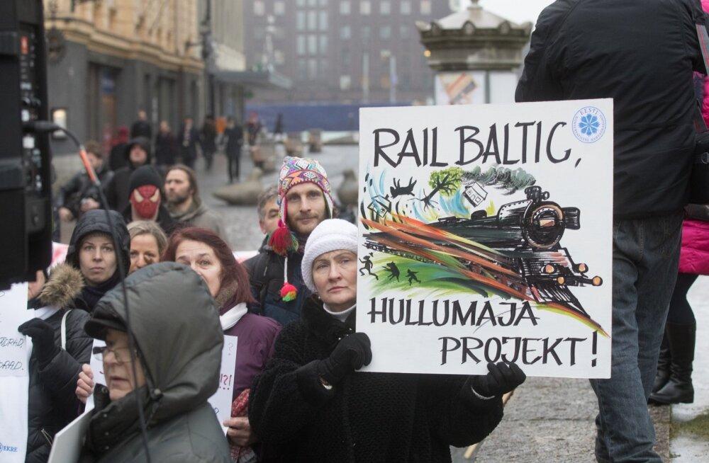 Rail Balticu vastane meeleavaldus Harju tänaval