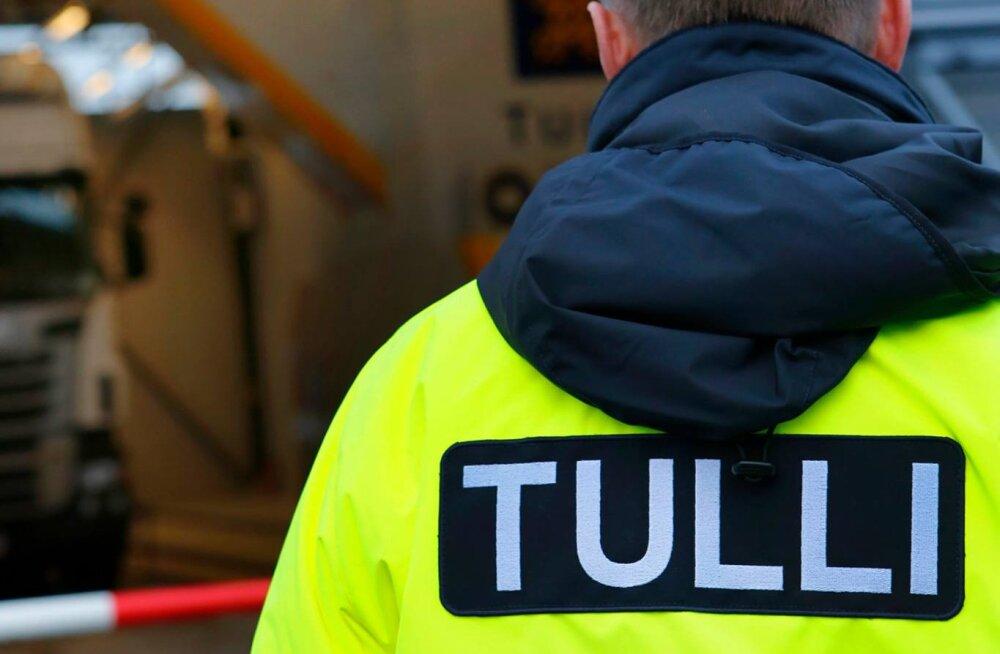 Soome toll arestis suure koguse Eestist pärit võltsitud mootoriõli