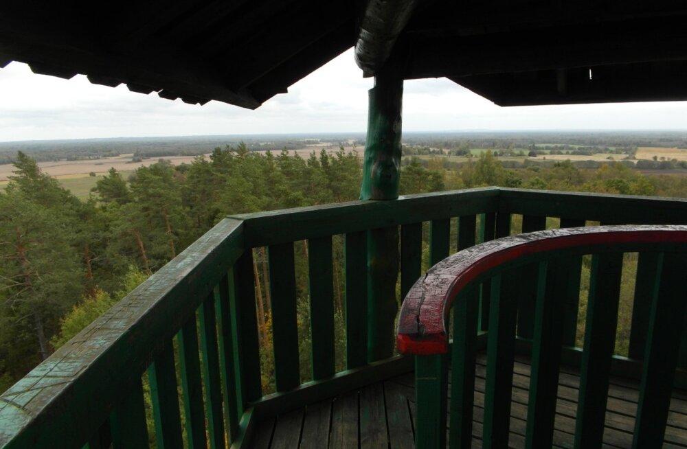 EESTI 100 AARET I Emumäe vaatetornist näeb selge ilmaga kahe-kolmekümne kilomeetri kaugusele
