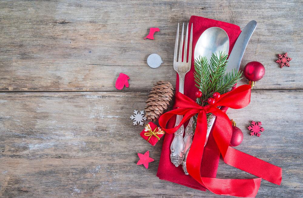 ENNEKUULMATU VÕI MÕISTLIK | Emad küsivad täiskasvanud lastelt jõuluõhtusöögi valmistamise eest raha
