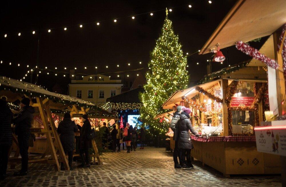 Tallinna Raekoja platsi jõuluturg