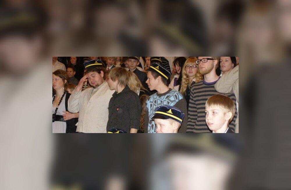 Haljala gümnaasium soovib rajada ausamba Eesti Õpetajale