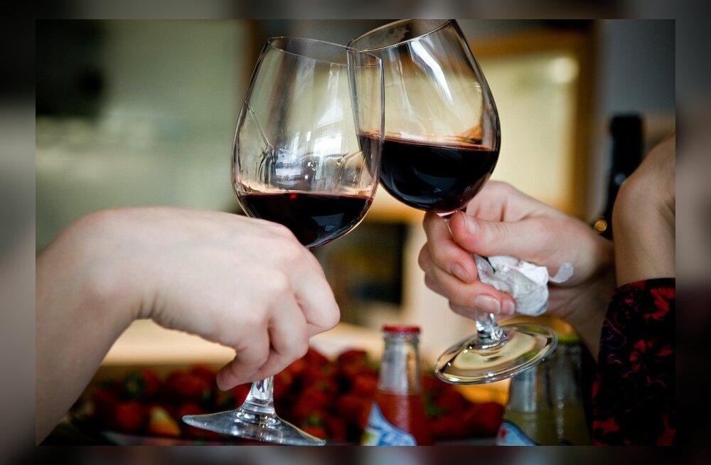 GRAAFIK | Lubatud alkoholinäidud Euroopa Liidus: Eestis joobes juhtimise pärast vahele võetud Jaak Aab oleks näiteks Soomes või Lätis puhtalt pääsenud!