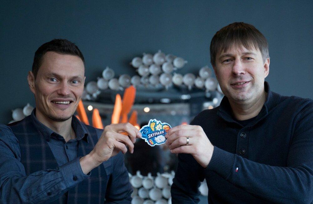 Skyparki turundusjuht Tarvo Sarmet (vasakul) ja juhatuse liige Alar Kajari tunnistavad, et esimene aasta on meelelahutuskeskusele kõige raskem.