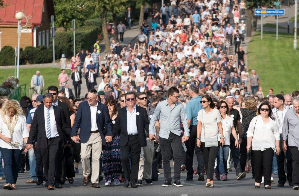 2016. aasta augustis kogunes Leedus Molėtais sadu inimesi mälestama 75 aasta möödumist koledast tähtpäevast – ühe päeva jooksul tapeti seal 700–1200 juuti