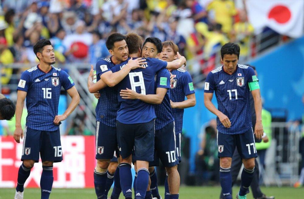 BLOGI   Jaapan võitis kiirelt vähemusse jäänud Kolumbiat 2:1!