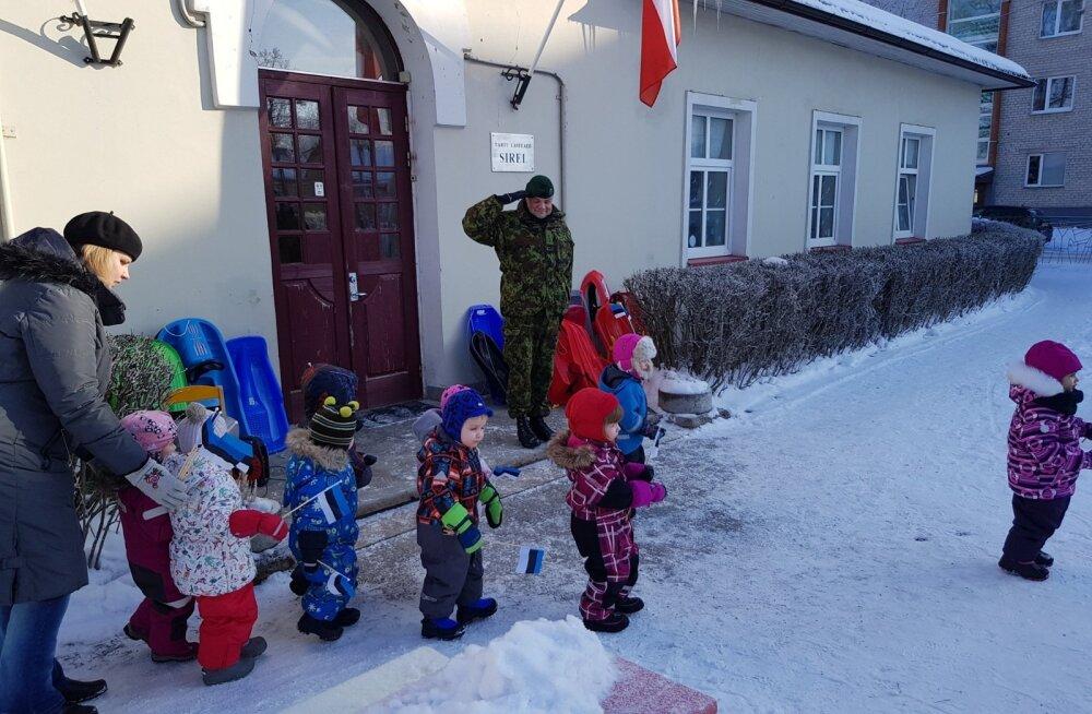 FOTOD | Hommik Tartu lasteaias algas presidendipaari kätlemistseremooniaga