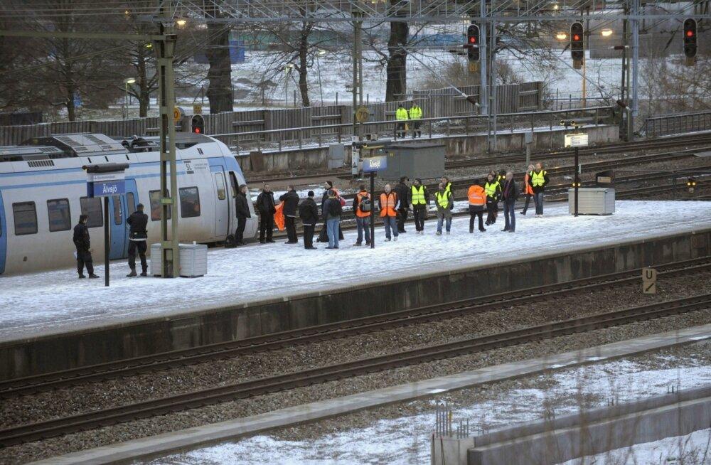 Politseioperatsiooni tõttu oli rongiliiklus Stockholmist lõunas tunde peatatud