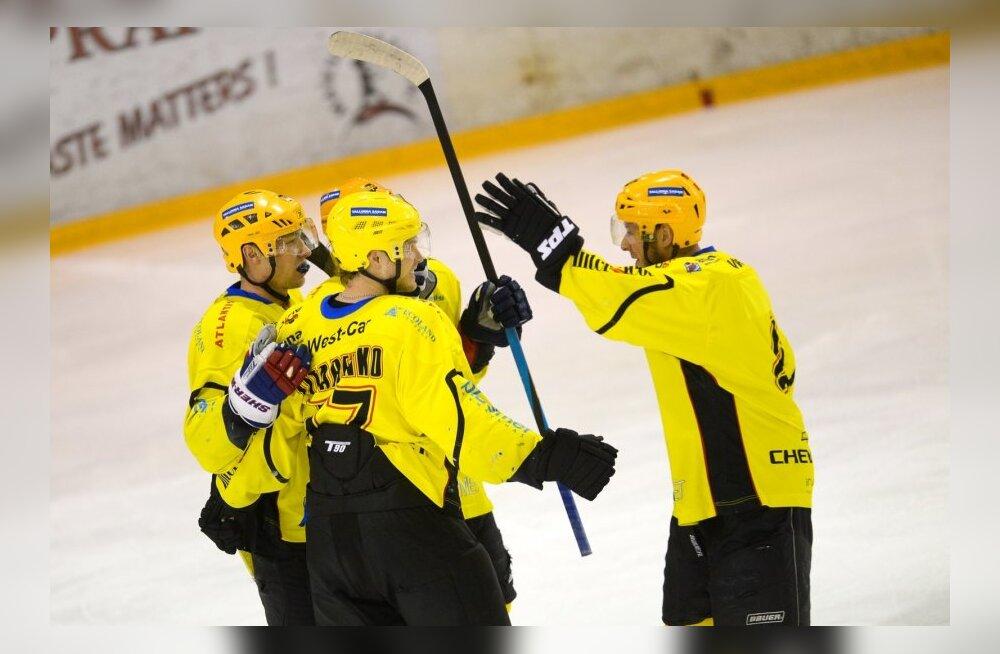 Jäähoki finaalseeria Tallinna Viiking Sport vs Tartu Kalev Välk