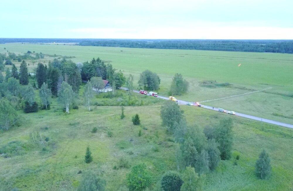 Motodeltaplaani õnnetus Kuusiku lennuvälja lähedal