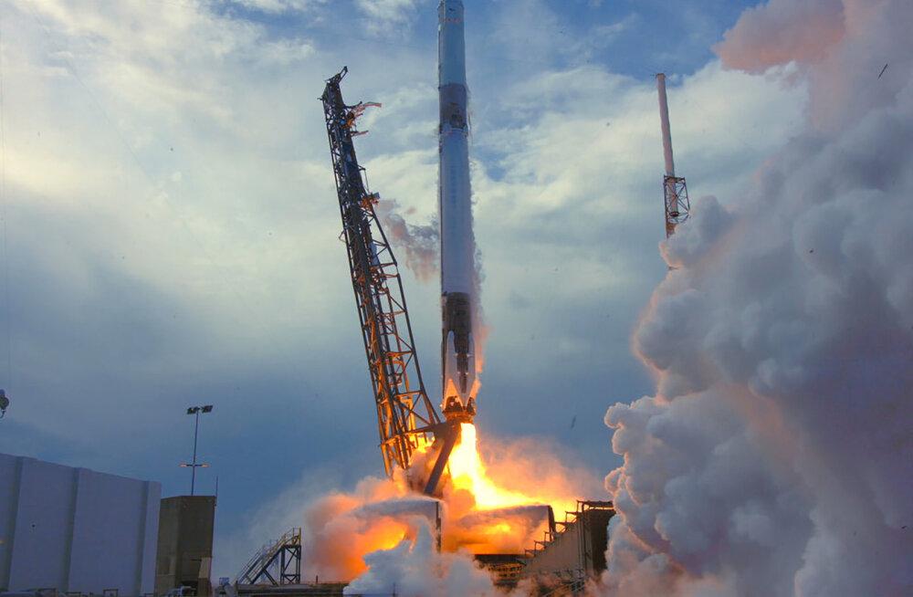 SpaceX lennutas ISS-ile uue laadungi teadustehnikat, muu hulgas ka eestlaste leiutatud seadme