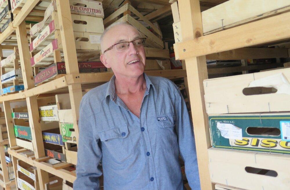 Klaipedas asuv küüslauguladu on tühjaks müüdud. Edaspidi loodab Alvydas Petrusevičius koostööle meelitada kogu Baltikumi küüslaugukasvatajad.