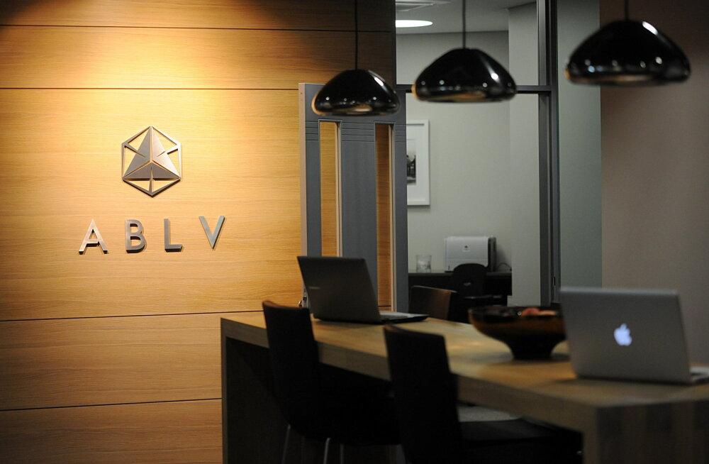 Läti rahapesuskandaalis pangast pages 600 miljonit eurot klientide raha