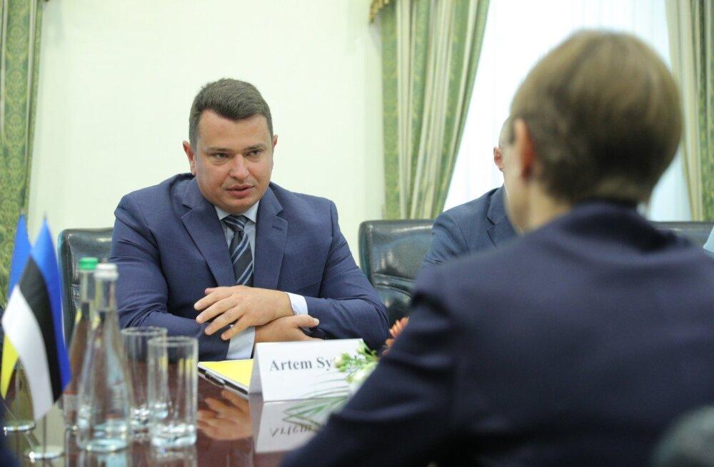 NABU direktor Artem Sõtnõk ja president Kersti Kaljulaid arutasid korruptsiooni väljajuurimist.