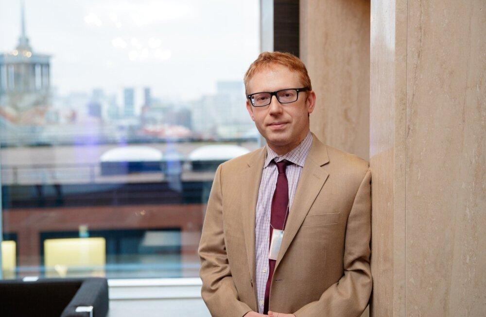 Äsja Tallinnas inimõiguste aastakonverentsil esinenud USA teadlane Jonathan Cristol peab Lähis-Ida kõige põletavamaks probleemiks Iraani ja Saudi Araabia vastasseisu.