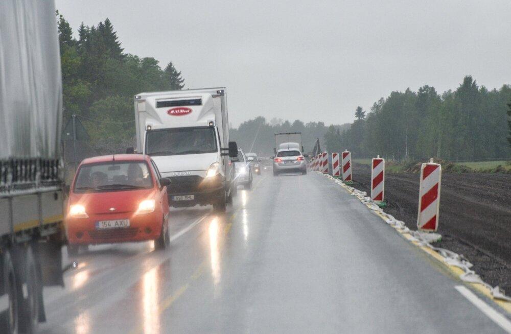 Tallinna-Narva maanteel on kella 14 paiku liiklusseisakut oodata
