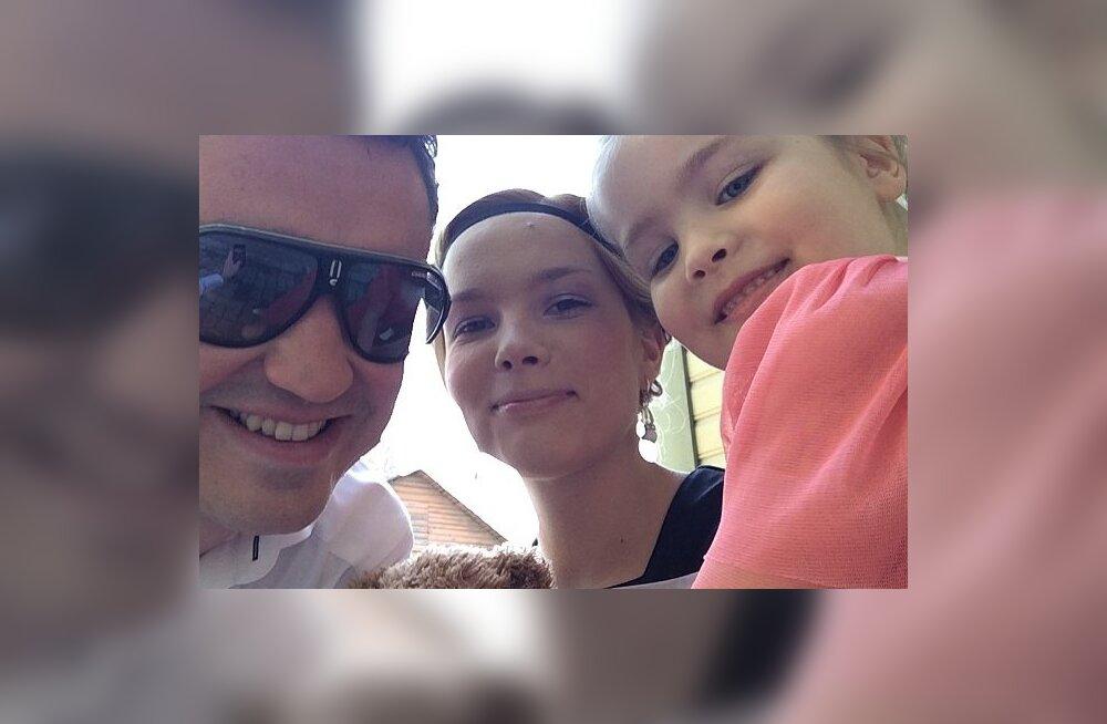 Taavi Rõivas ja Luisa Värk tütrega